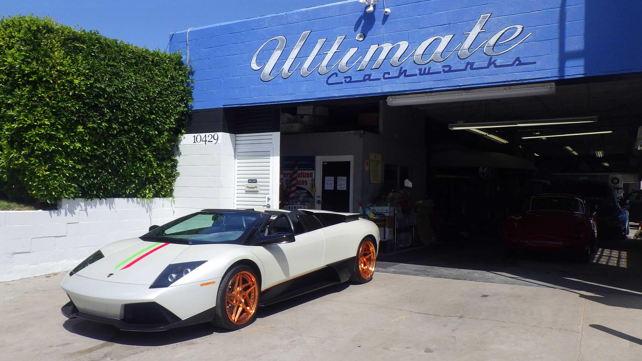 UC_1_car_side_storefront_2560x1440-002